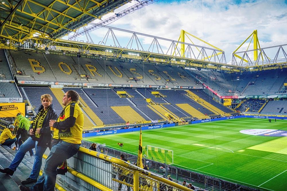 BVB Tickes kaufen und den Signal Iduna Park live erleben